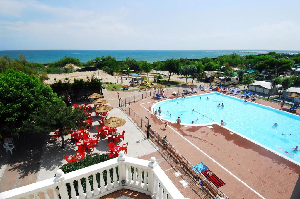 A view of the pool at Camping Village Internazionale or nearby
