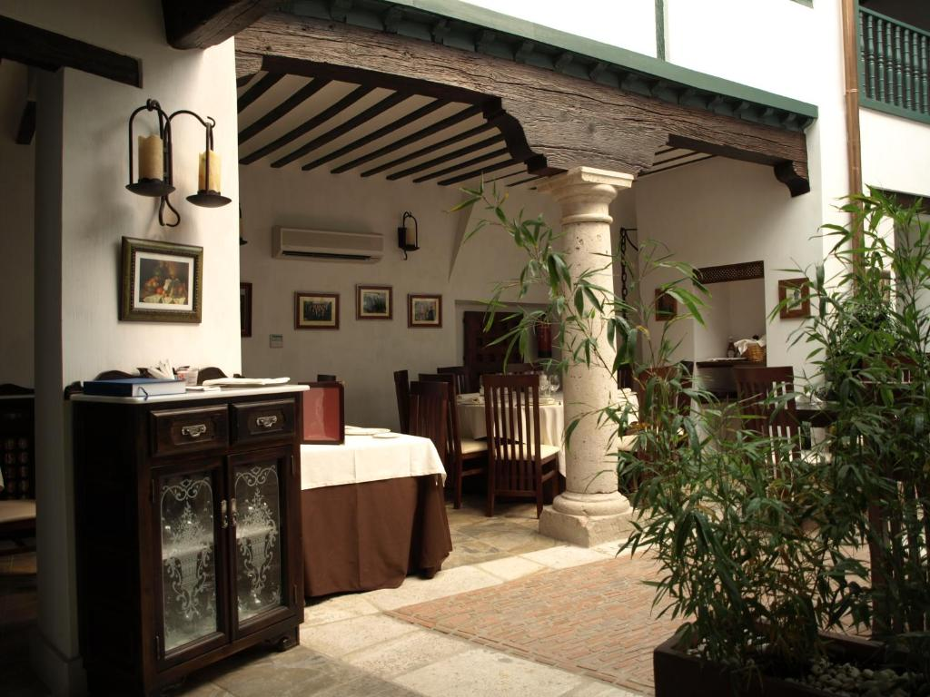 boutique hotels chinchon  19
