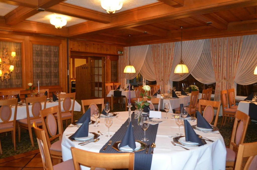 Hotel Zur Post, Neubruchhausen, Germany - Booking.com