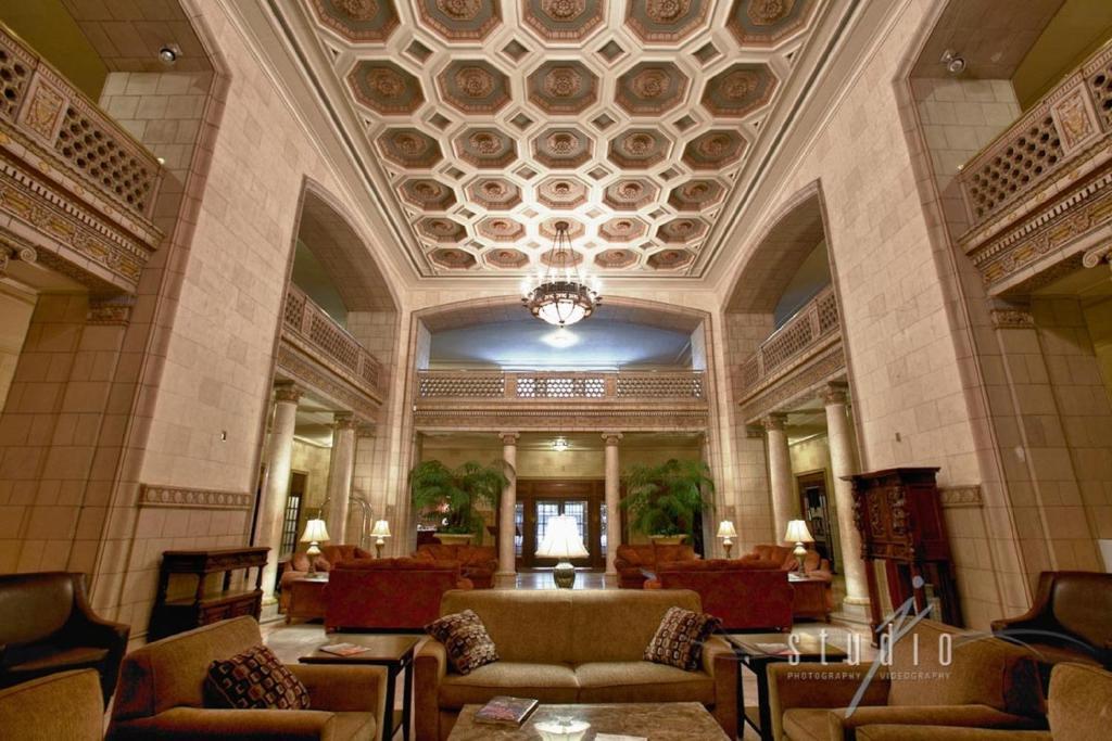 The Saint Paul Hotel Saint Paul Mn