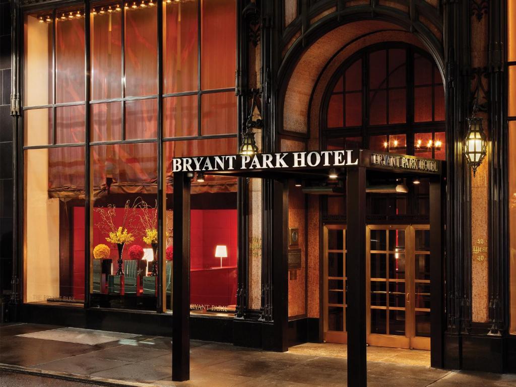 Bryant Park Hotel, New York, including reviews - Booking.com