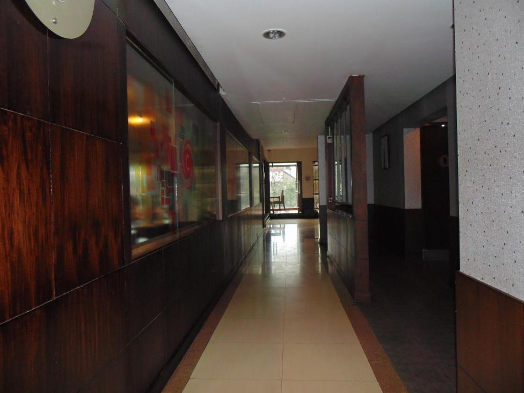 Hotel Candy Hall