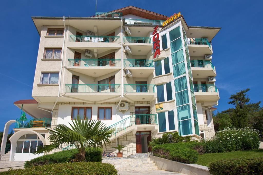 Хотел Зора - Слънчев бряг