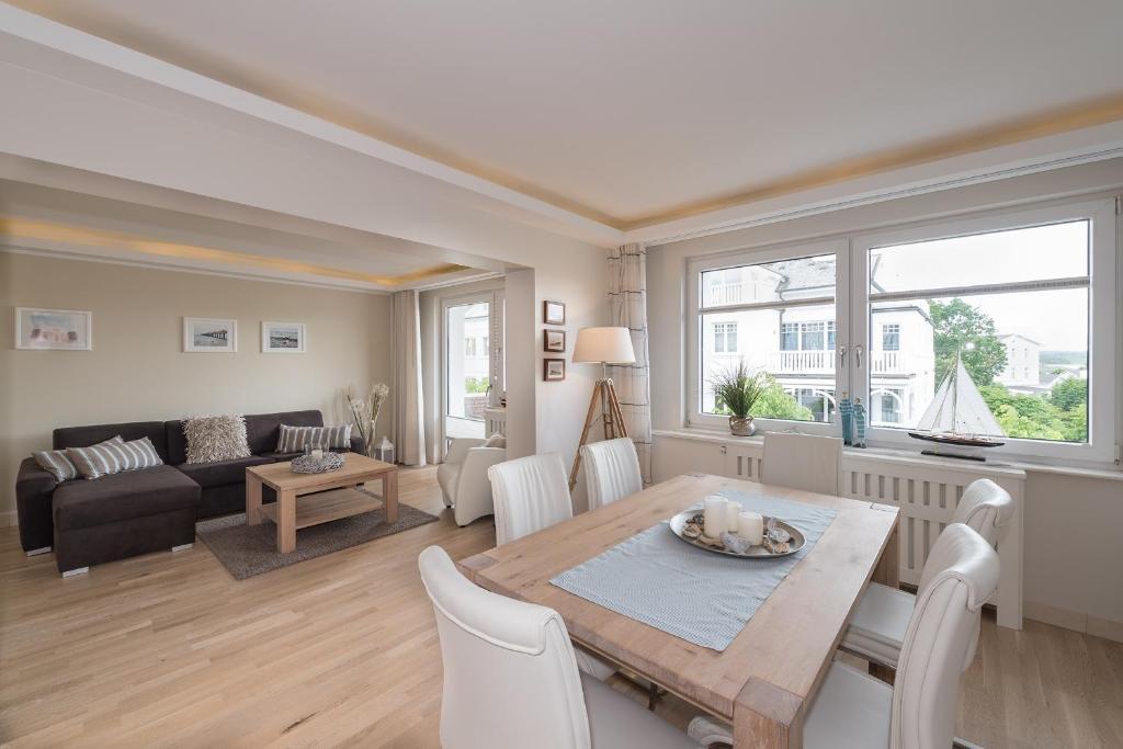 villa allegra tyskland binz. Black Bedroom Furniture Sets. Home Design Ideas