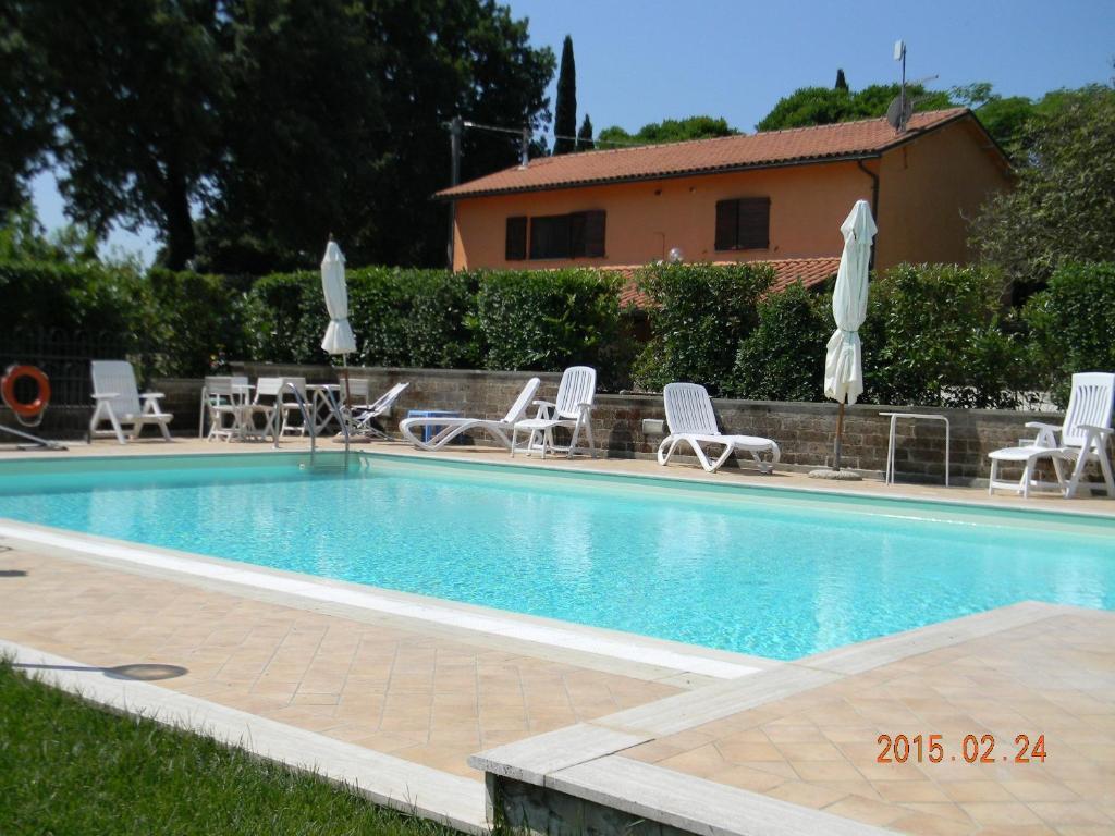 Nearby hotel : Casa Malescale