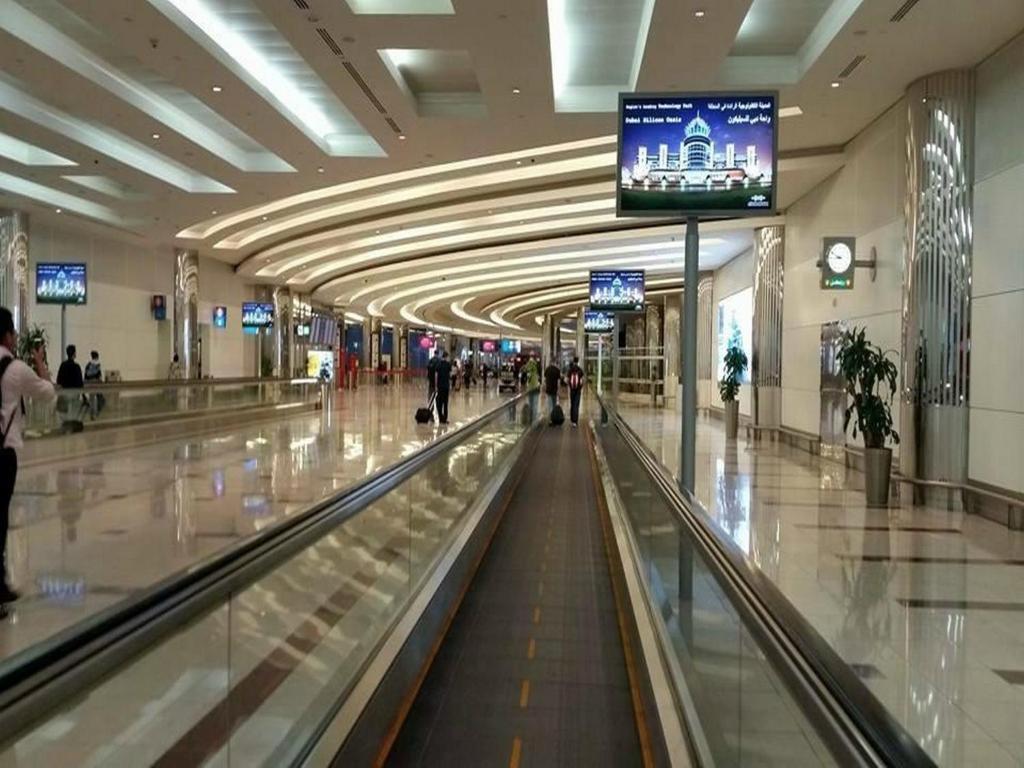 Kid s Zone at   DXB  Dubai Airports