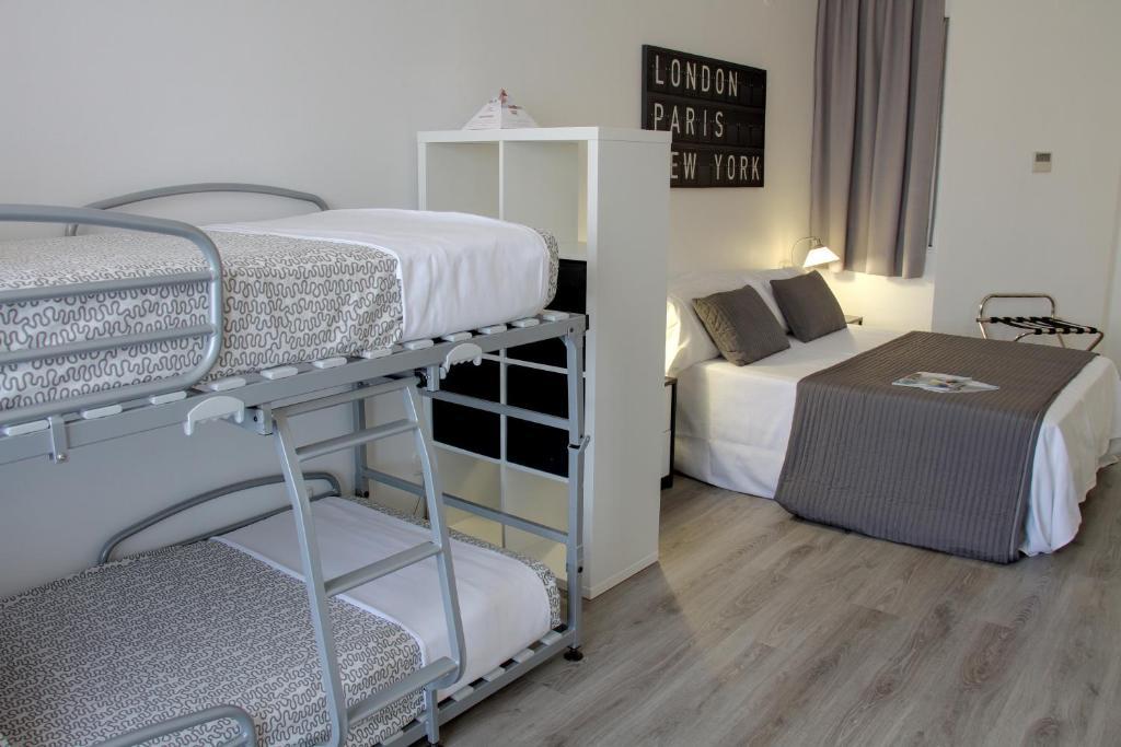 gran imagen de Aparthotel Atenea Calabria