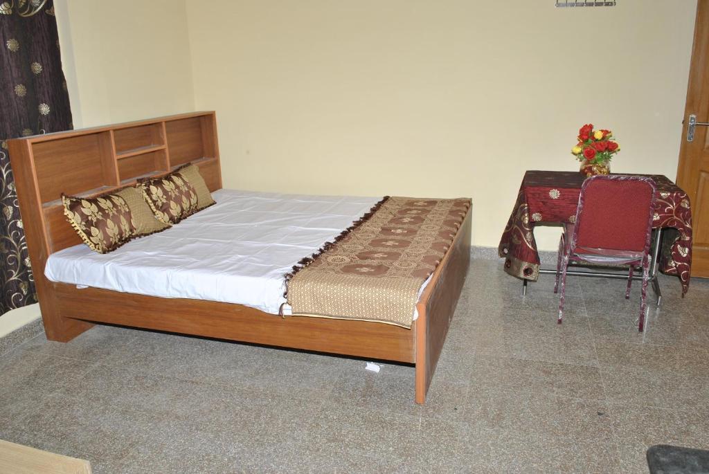 Studio Apartment Chennai vijayamcy service apartments porur, chennai, india - booking