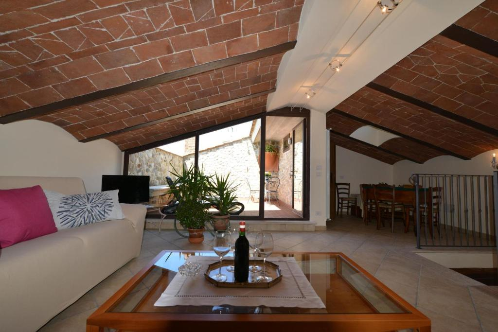 Gallery image of this property & Apartment Casa Cristina Radicondoli Italy - Booking.com