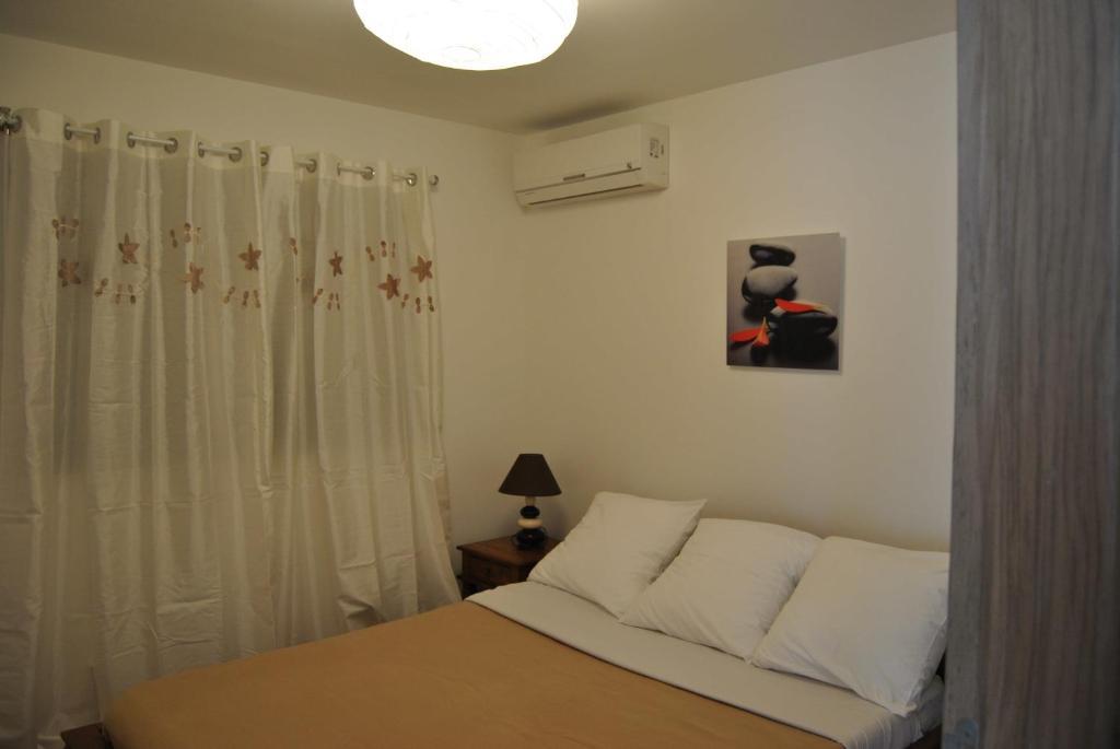 Vue de la chambre d'un des appartements