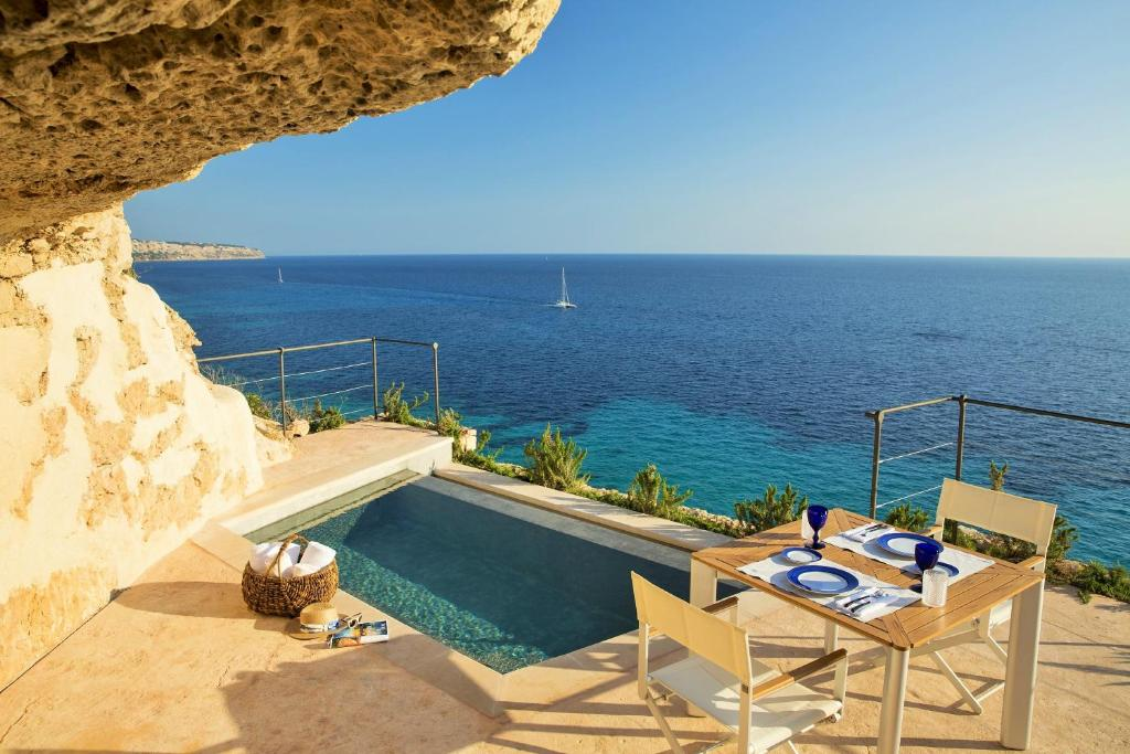 boutique hotels in cala blava  1