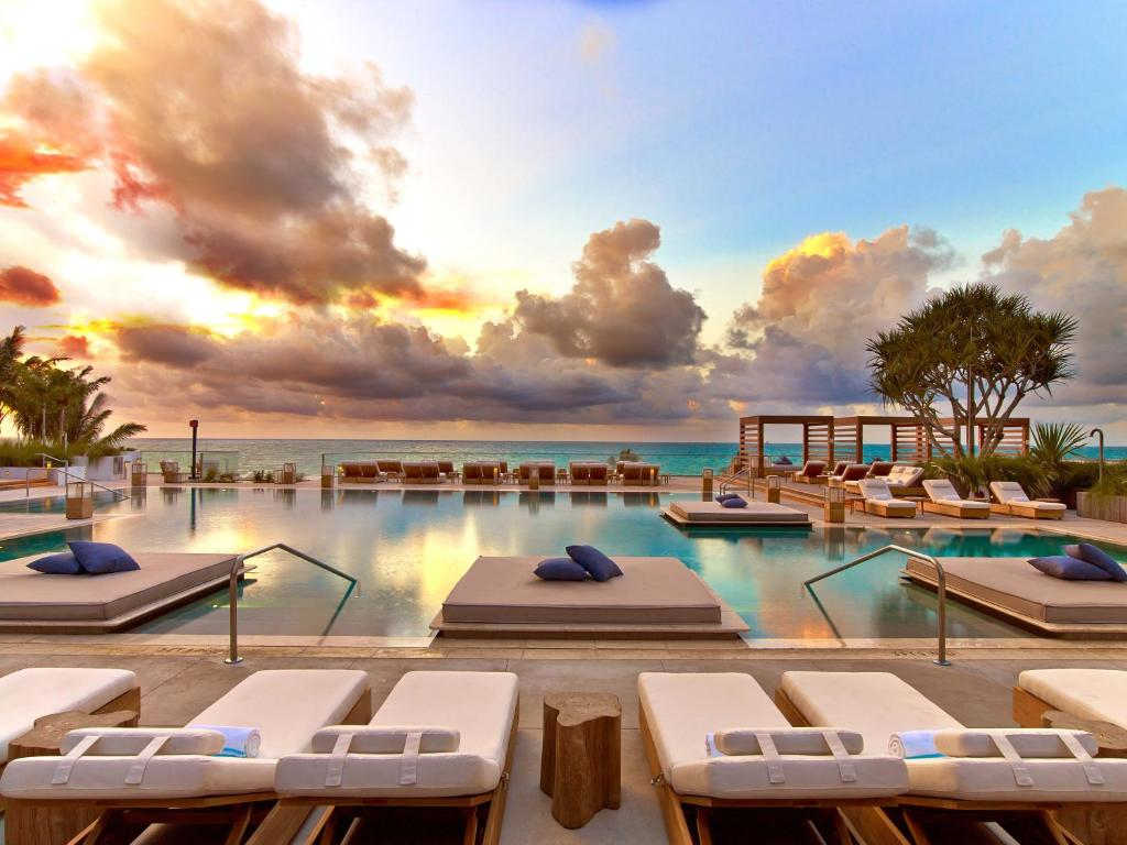Hotels Discounts search the best travel sites to find you the cheapest price. Discover great hotel prices while planning the right reservations at the best resorts, even if you need last minute kindle-pdf.ml