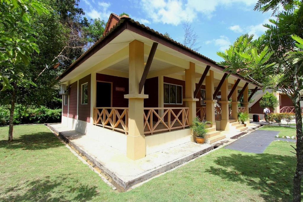 Rompin Beach Resorts Kuala Rompin Malaysia Bookingcom