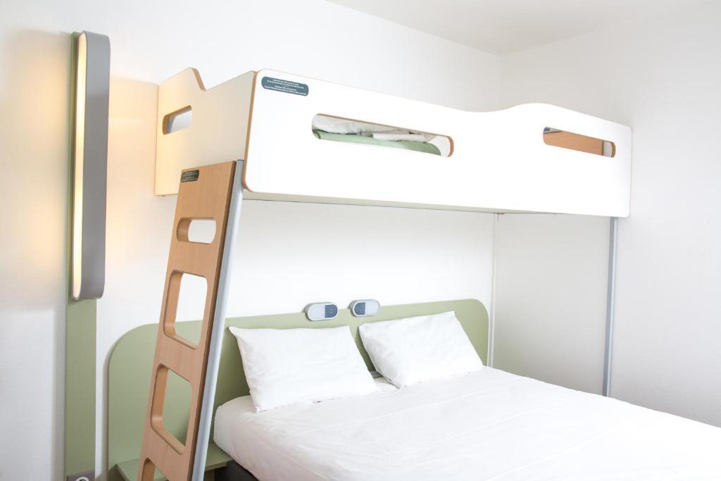 offres ibis budget caen mondeville france with maison du monde caen mondeville. Black Bedroom Furniture Sets. Home Design Ideas