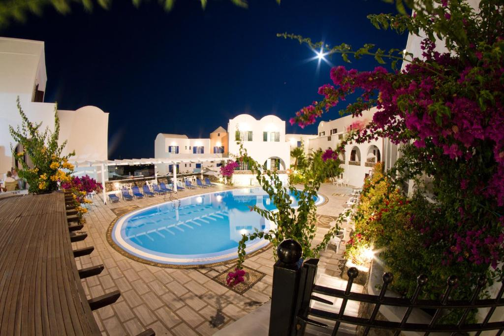Hotel New Haroula  Fira  Greece