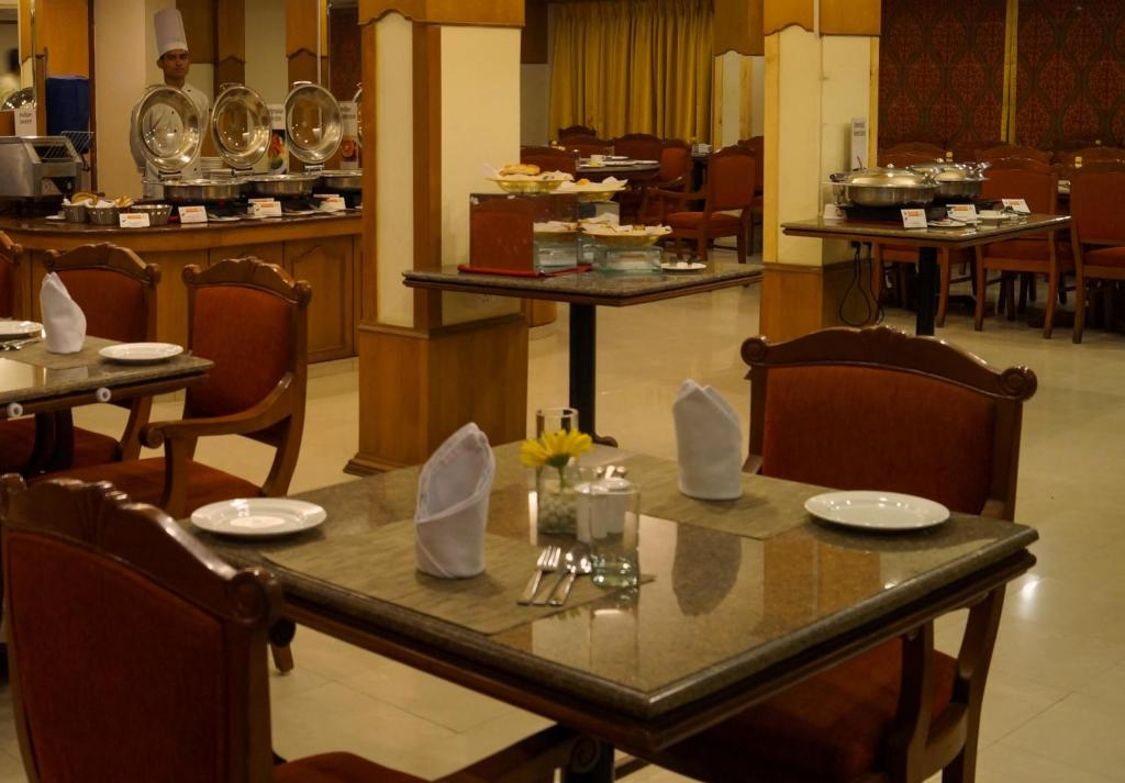 Hotel Fortune Park Galaxy Vapi India