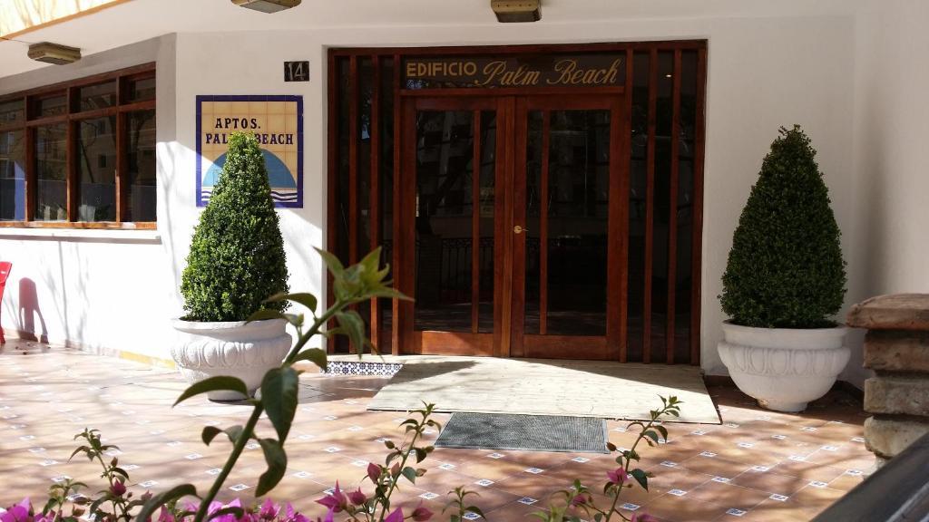 Apartment palm beach carihuela torremolinos spain - Apartamentos baratos torremolinos ...