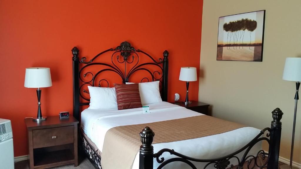 Bedroom Sets Everett Wa inn at port gardner, everett, wa - booking