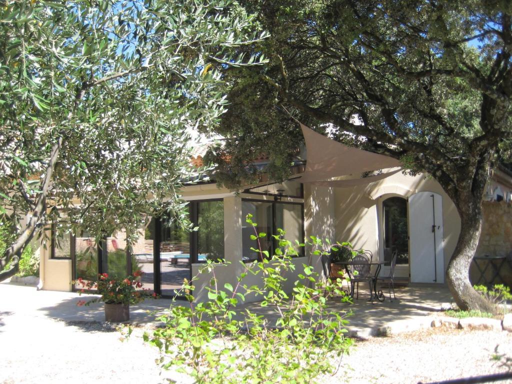 chambre d'hôtes villaheda (france saint-restitut) - booking