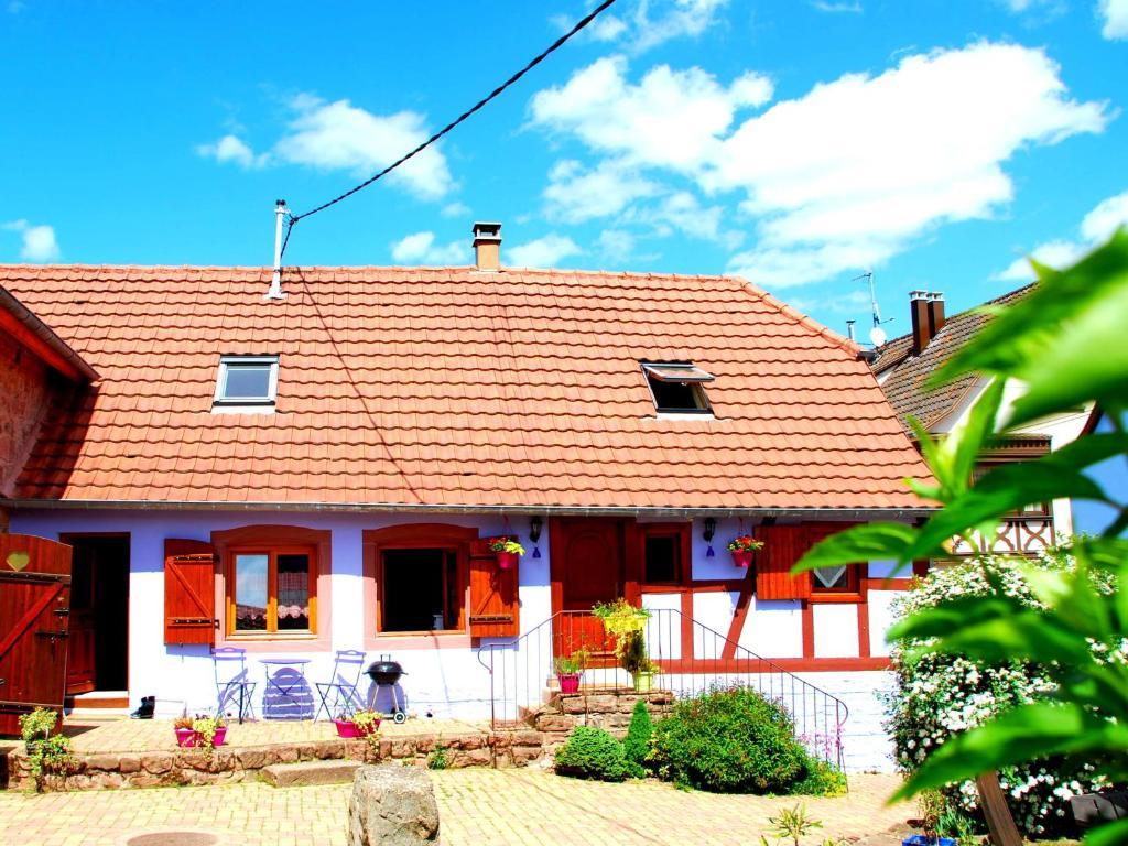 Maison de vacances g te la maison bleue en alsace saint nabor avec des photos - La maison bleue chanson ...