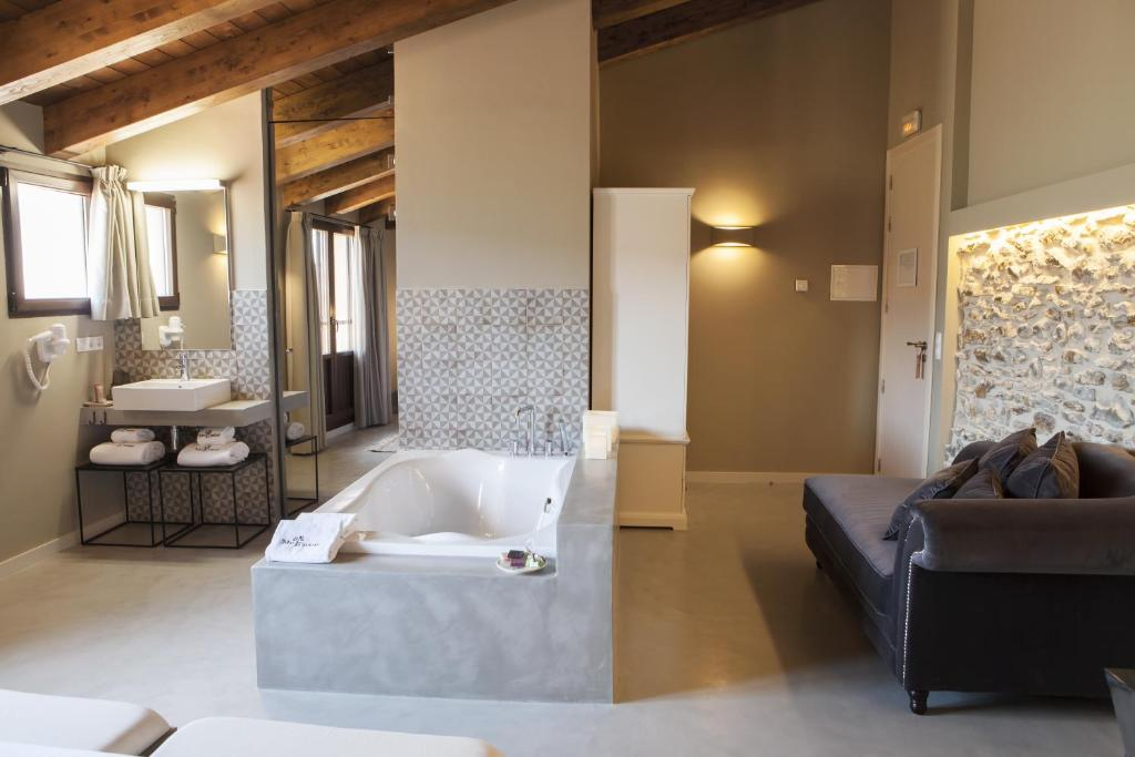 boutique hotels in aragon  43