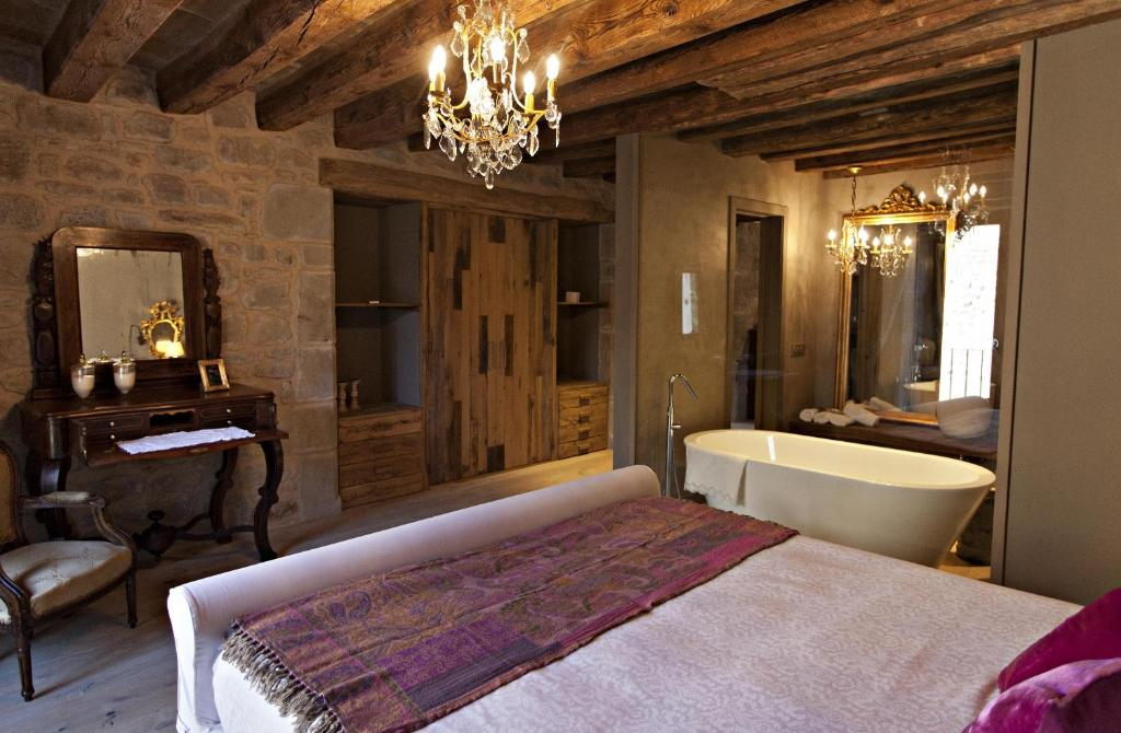 boutique hotels lleida provinz  220