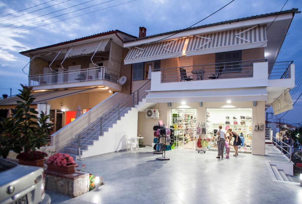 Апартаменты остров Полихроно недорого