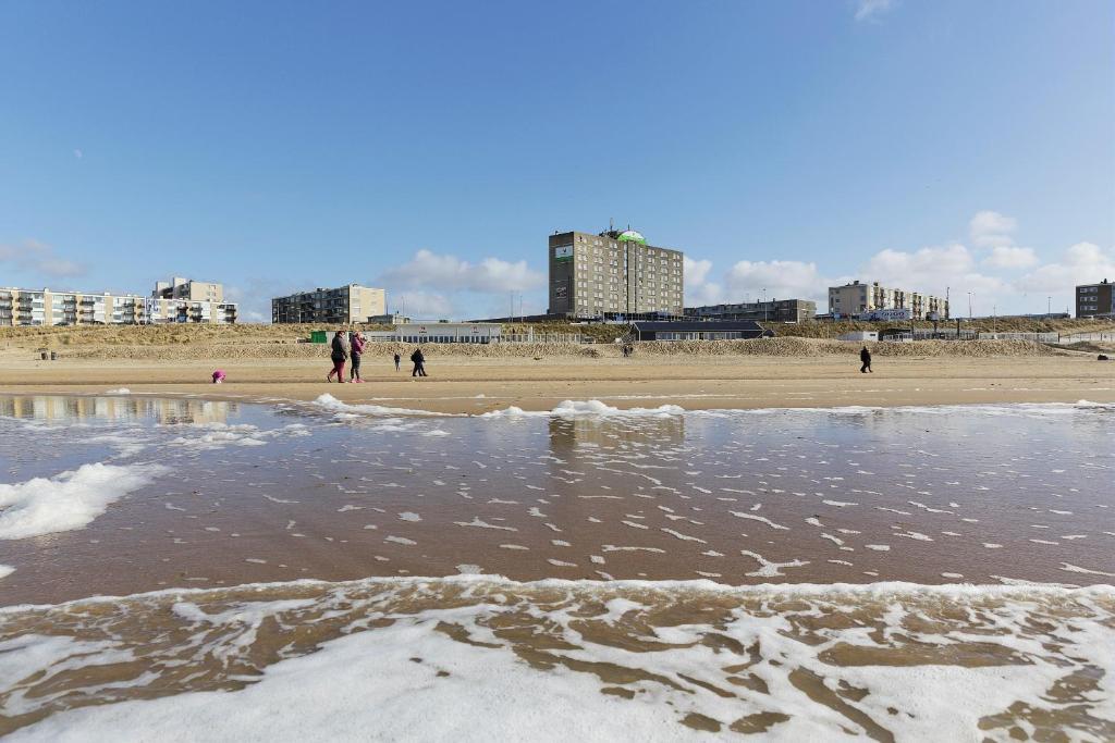 ビーチホテル ザンドヴォールト バイ センター パークス(Beachhotel Zandvoort by Center Parcs)