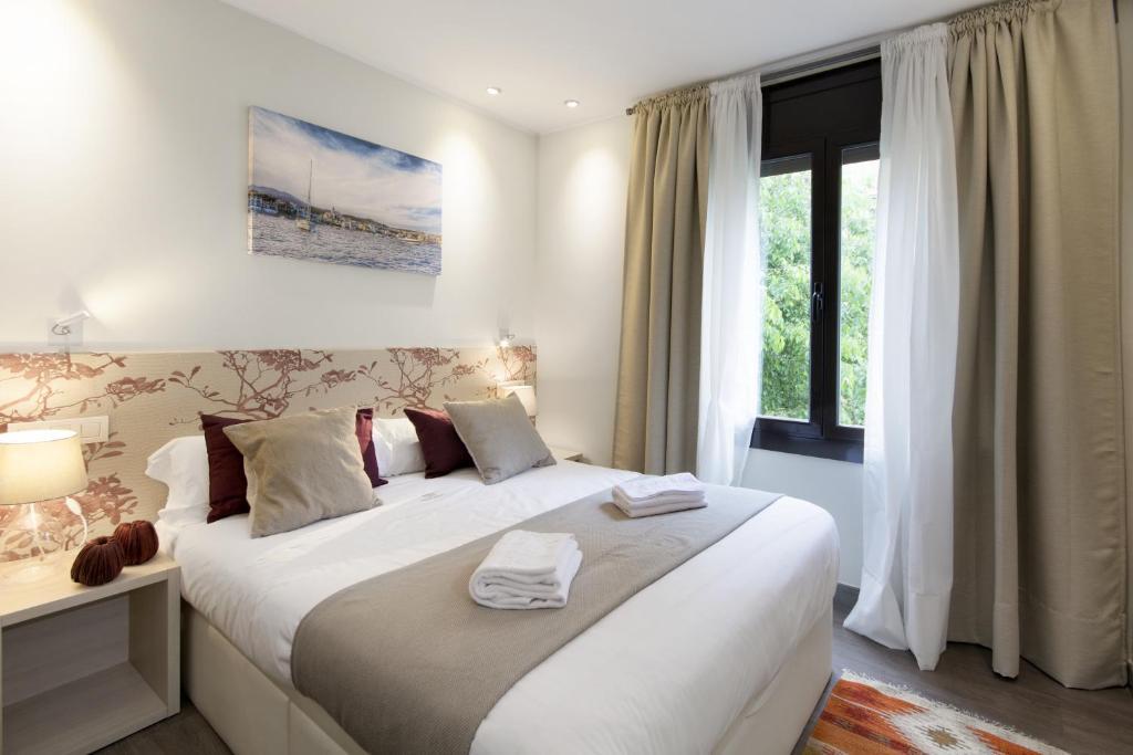 Appartement mercedes heritage barcelona barcelone avec for Appart hotel barcelone avec piscine
