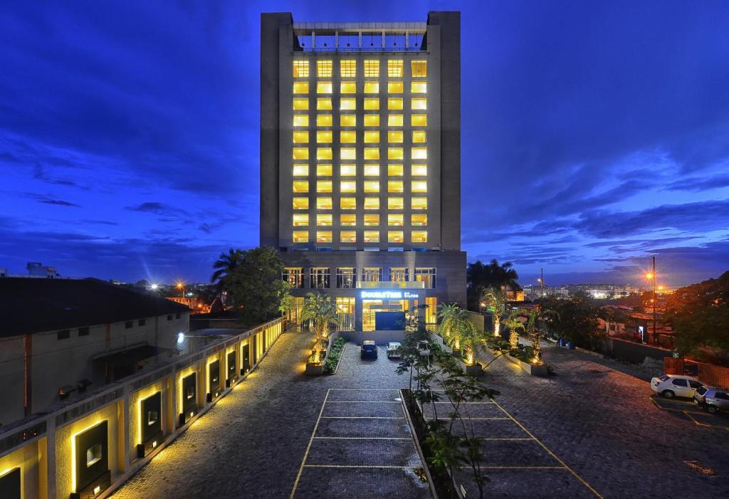 ダブルツリー バイ ヒルトン プネー チンチワド(DoubleTree By Hilton-Pune Chinchwad)