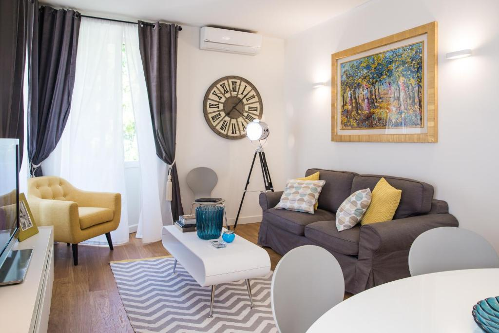 gallery image of this property - Rome Apartments