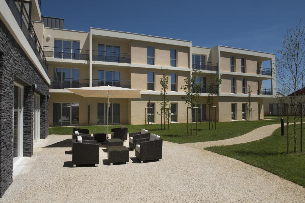 Appart 39 h tel la clef des champs france poitiers for Appart hotel a poitiers