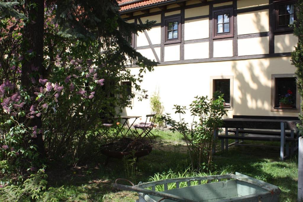 Landhotel Lindenschänke, Dresden, Germany - Booking.com