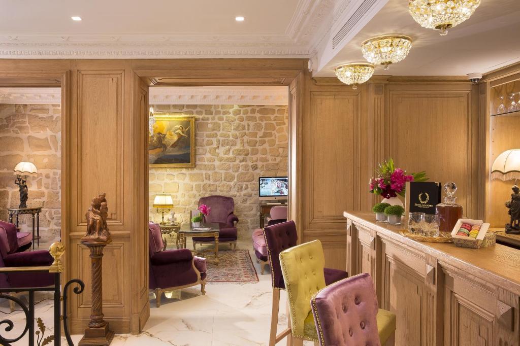 Academie Hotel St Germain Frankreich Paris Booking Com