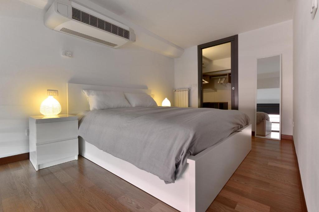 Favorito Heart Apartments Garden Loft, Milan, Italy - Booking.com NS34