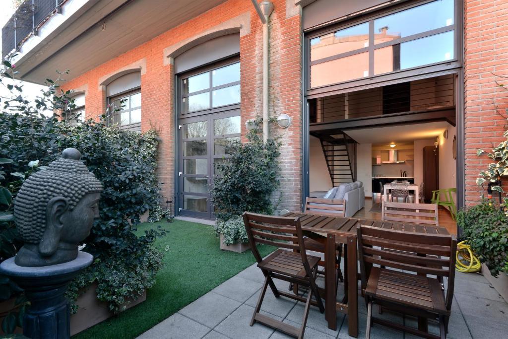 Molto Heart Apartments Garden Loft, Milan, Italy - Booking.com SD32