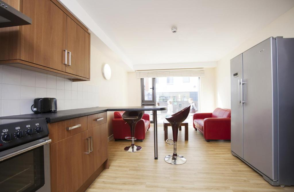 Condo hotel new bridge street newcastle upon tyne uk - Northumbria university swimming pool ...