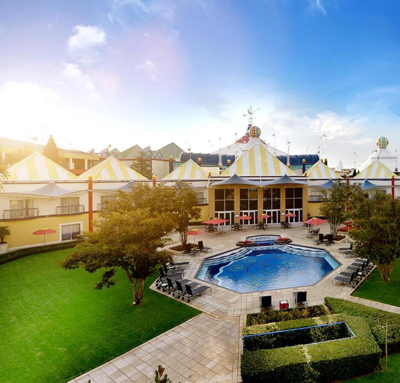 Carnival city casino hotel montecarlo resort and casino