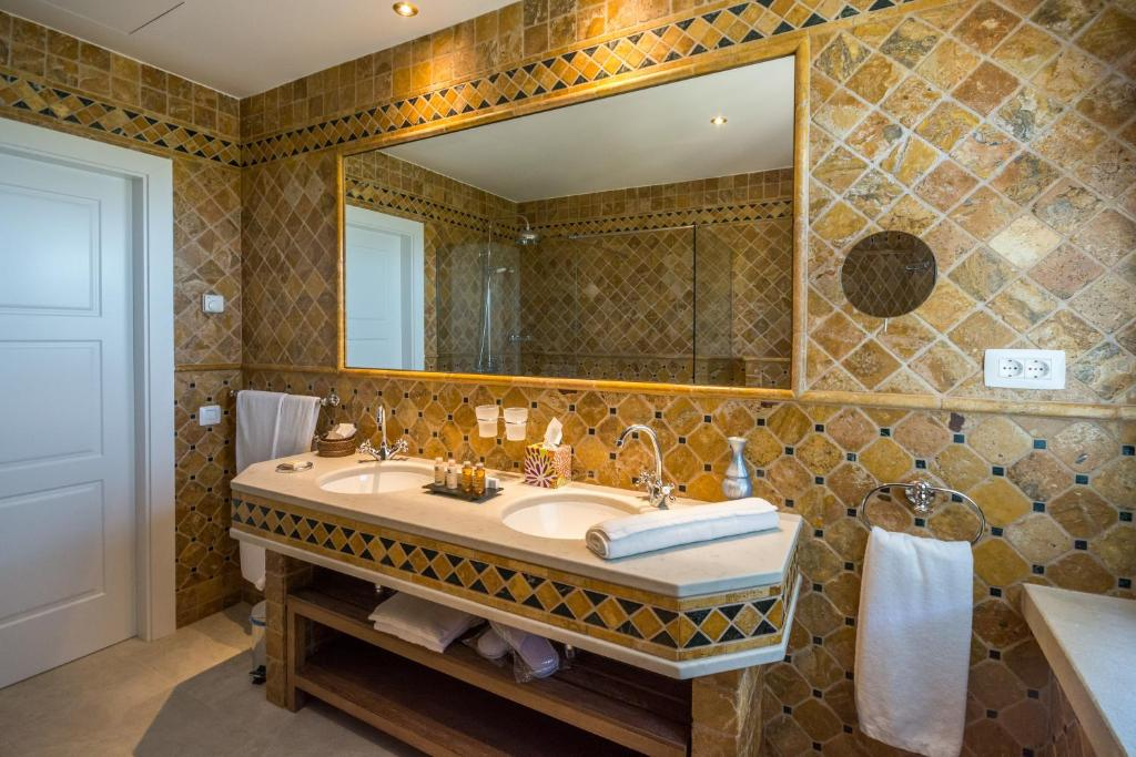 boutique hotels valderrobres  18