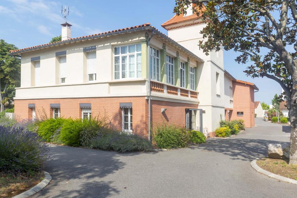 Apartments In Roques Sur Garonne Midi-pyrénées