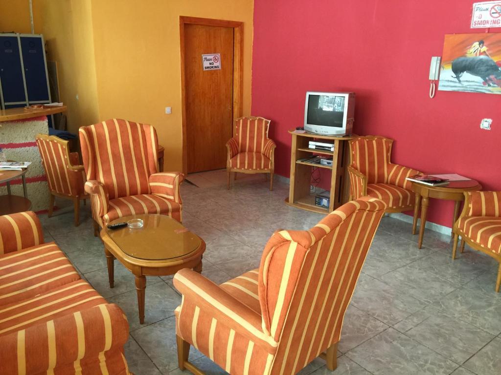 Area soggiorno di Tenerife Hostel