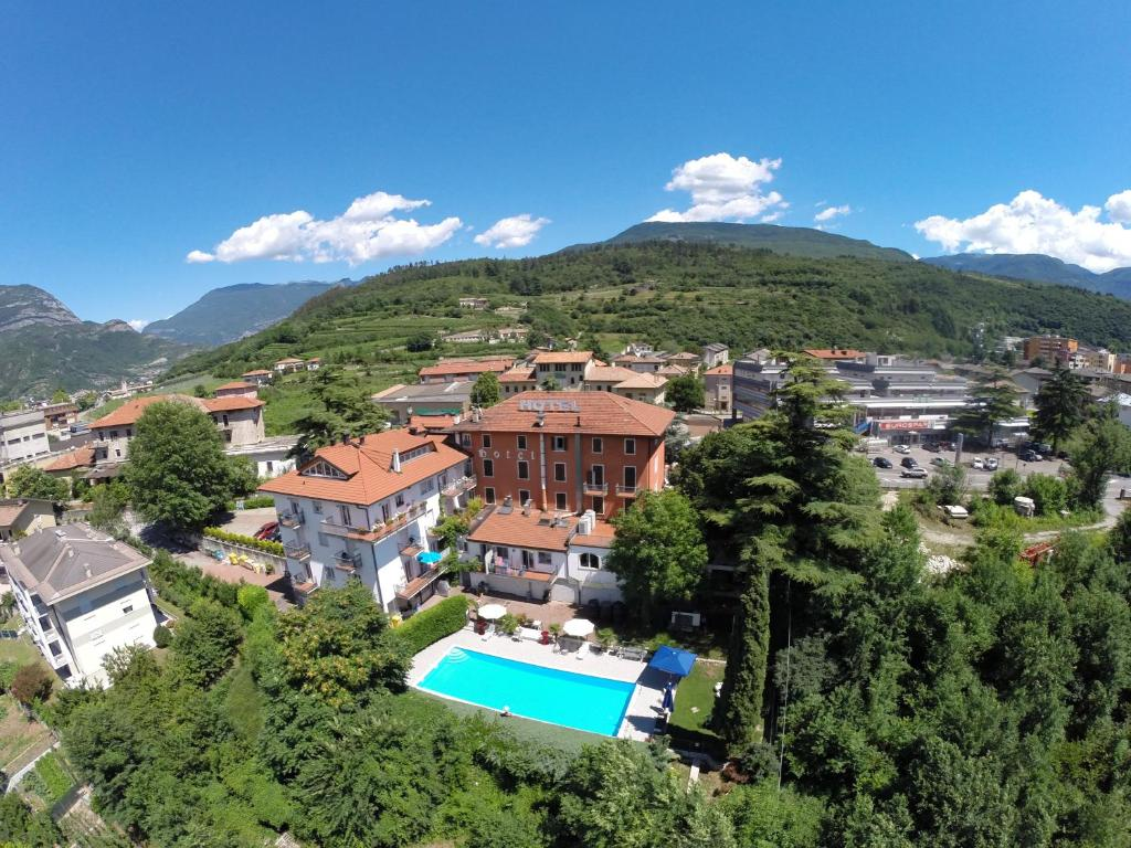 Hotel sant 39 ilario rovereto italy for Reservation hotel italie