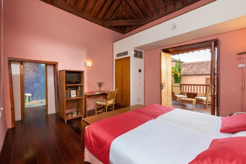 Hotel La Quinta Roja THe Senses Collection 16