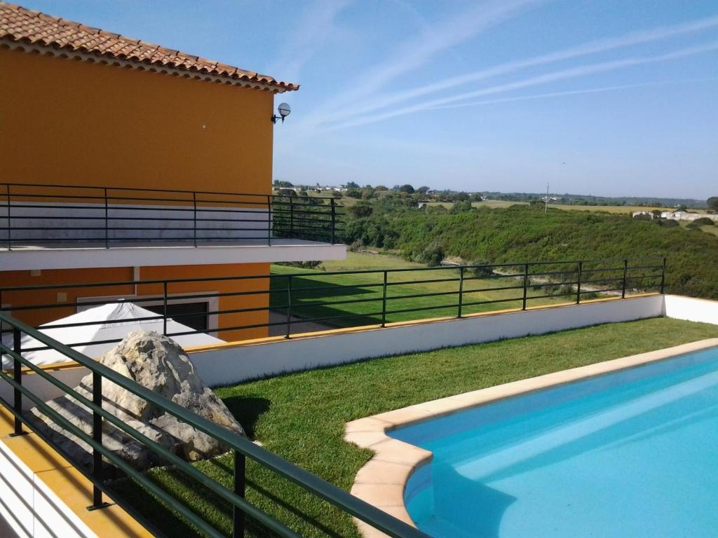The swimming pool at or near Quinta Helena