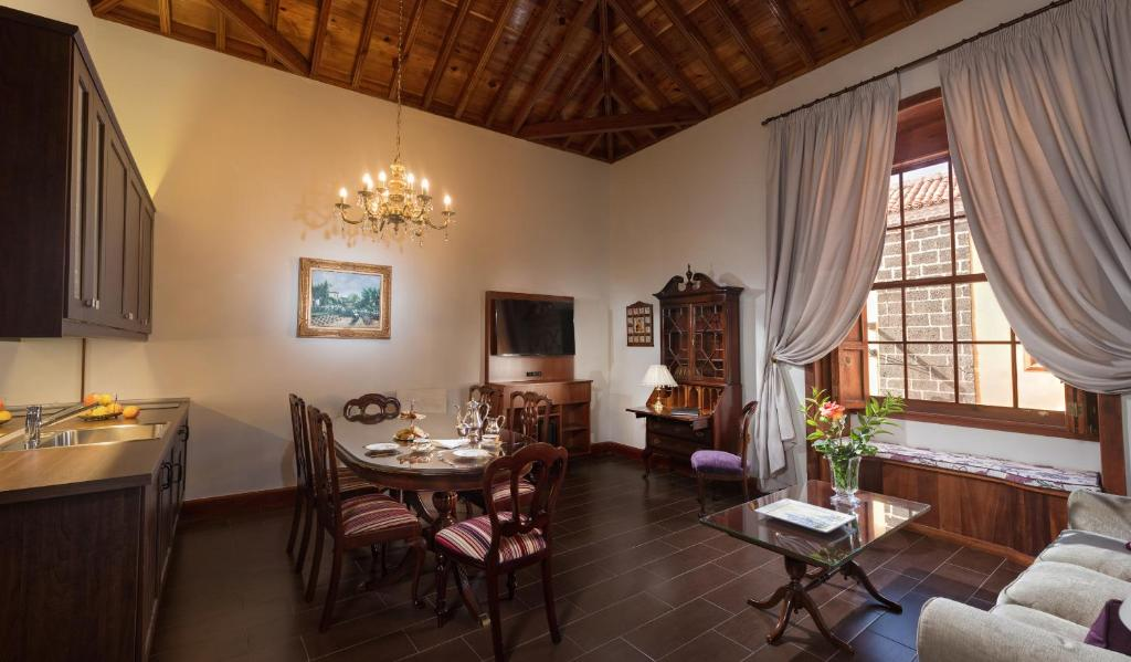 boutique hotels la laguna  6