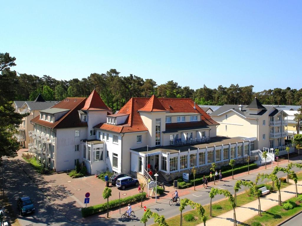 Strandhotel baabe deutschland baabe for Zimmerausstattung hotel