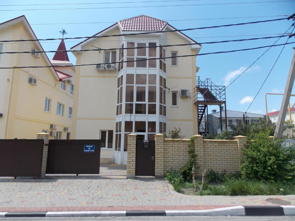 Private sector in Gelendzhik: photos and reviews of tourists 70