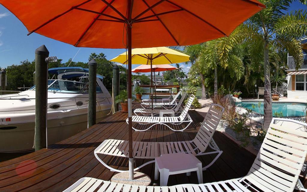 Manatee Bay Inn Fort Myers Beach Fl Booking