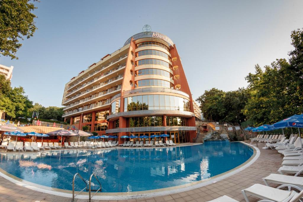 Бассейн в Atlas Hotel All Inclusive или поблизости