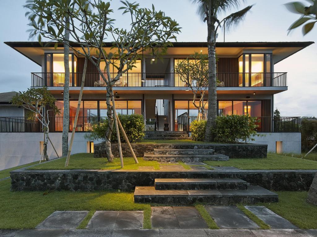 Beachfront Villa For Sale Seminyak